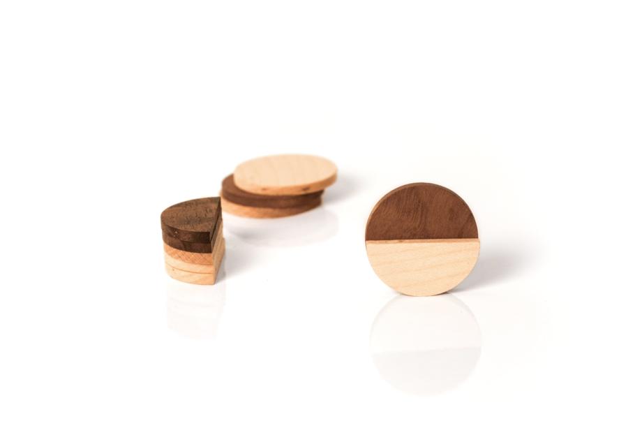 lumenqi-holz-design-geometrie-rund-magnetpin-geschenk-06