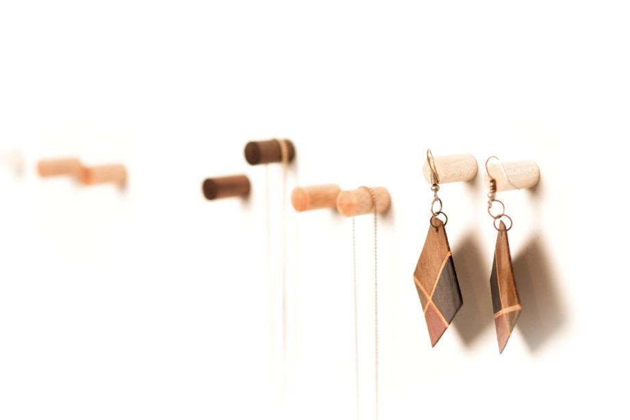lumenqi-holz-design-schmuckhalter-magnetpins aus holz-schmuckleiste-geschenk-05