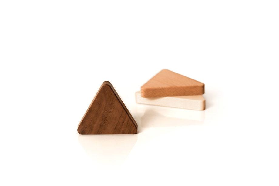 lumenqi-magnet-holz-design-schlüsselhalter-dreieck-06