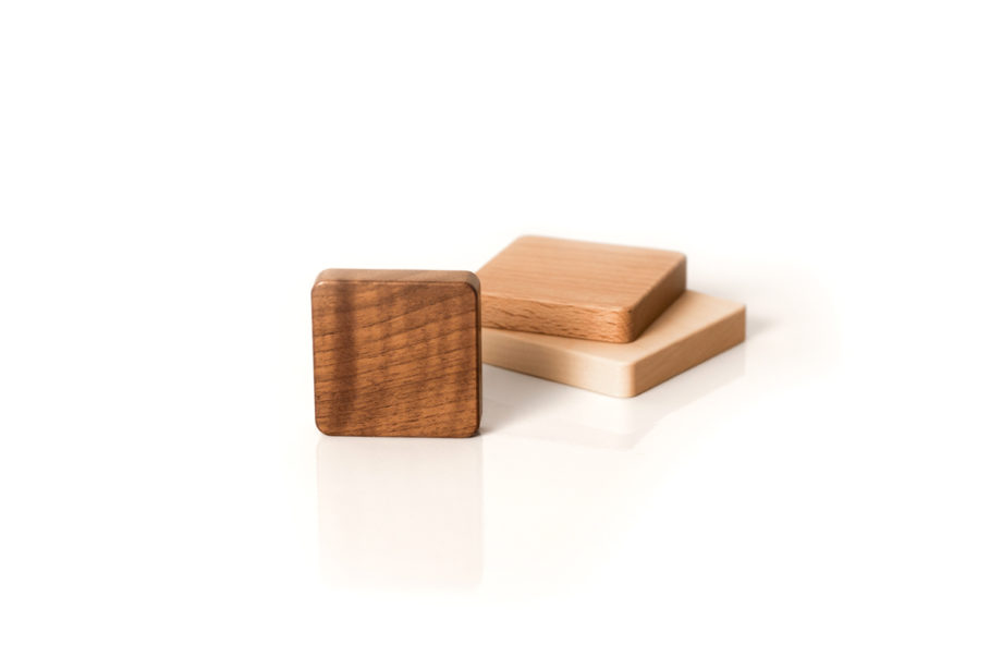 lumenqi-magnet-holz-design-schlüsselhalter-quadrat-06