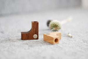 lumenqi-holz-design-holzmagnet-kartenhalter-postkartenleiste-geschenk-02